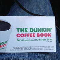 Photo taken at Dunkin' Donuts by Landi S. on 1/27/2013