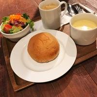8/15/2017 tarihinde Taku F.ziyaretçi tarafından Muromachi cafe 3+5 - 室町カフェはち'de çekilen fotoğraf