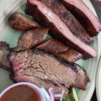 Foto tirada no(a) Micklethwait Craft Meats por Larry C. em 12/2/2014