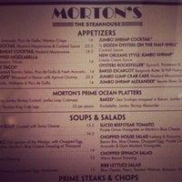 Foto tirada no(a) Morton's por Kevin B. em 5/20/2013