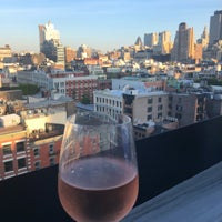 Foto diambil di Public - Rooftop & Garden oleh Аня В. pada 6/30/2018