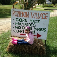 Photo taken at Mapleside Farms by Tony Z. on 9/14/2013