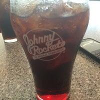 Photo taken at Johnny Rockets جوني روكتس by Mayya . on 5/30/2014