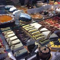 Foto scattata a Bakery Nouveau da E P. il 7/14/2013