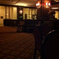 8/19/2013 tarihinde esra b.ziyaretçi tarafından Lounge Bar'de çekilen fotoğraf