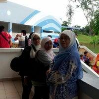 Photo taken at Melaka Wonderland by Wana I. on 12/25/2012