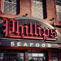 Photo taken at Phillips Seafood by Rebekka O. on 1/27/2013