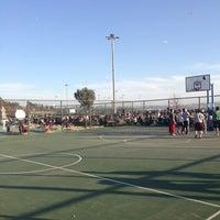 Photo taken at Bostanlı Basketbol Sahası by Barış I. on 2/24/2013