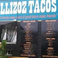 Photo taken at Mellizoz Tacos by Leslie C. on 9/15/2012