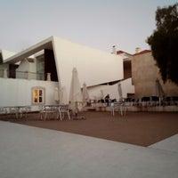 Foto tirada no(a) Oeiras Lounge por Jah G. em 11/28/2012