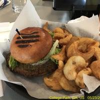 Photo taken at Sam Adams Atlanta Brew House- B Concourse by J Scott O. on 5/23/2017
