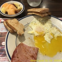 Photo prise au Bob Evans Restaurant par J Scott O. le5/24/2017
