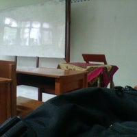Photo taken at SMA Negeri 8 Malang by Naufal H. on 7/15/2013