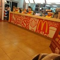 Photo taken at McDonald's by Nisya B. on 4/18/2016
