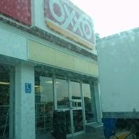 Photo taken at Oxxo Tenabo by ozzydapg on 3/11/2013