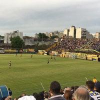 Photo taken at Estadio Don León Kolbowski (Club Atlético Atlanta) by Juan A. R. on 10/22/2016