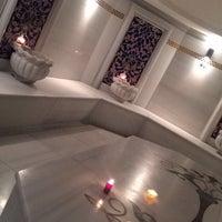 Снимок сделан в Queen Hotel & Spa пользователем Hande A. 9/13/2015