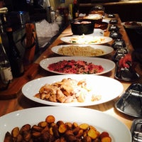 Photo taken at Plates アークヒルズ店 by Marcopolos on 2/24/2015
