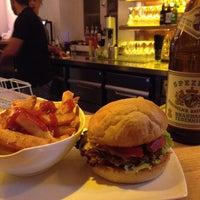 Das Foto wurde bei Burger House von Mathey am 7/10/2013 aufgenommen