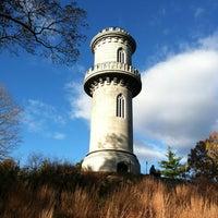Das Foto wurde bei Mount Auburn Cemetery von Kei K. am 11/3/2012 aufgenommen