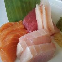 Foto scattata a Red Koi Thai & Sushi Lounge da Mauricio C. il 4/16/2013