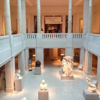 Foto diambil di The Art Institute of Chicago oleh Carlos S. pada 6/28/2013