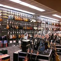 Photo taken at Guitar Center by Assedo on 1/26/2013