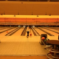 Photo taken at Red Rock Lanes by Cristian S. on 2/24/2013