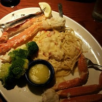 Photo taken at Red Lobster by Lisa H. on 7/29/2016