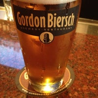 Foto tomada en Gordon Biersch Brewery Restaurant por Matt G. el 9/29/2012