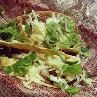 Photo taken at Chipotle Mexican Grill by Gemma G. on 5/24/2013