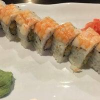 Photo prise au Kaze Japanese Steakhouse & Sushi par Kimmee A. le5/4/2016