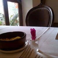 Foto tomada en Cafe Del Museo por Carlos C. el 10/9/2012