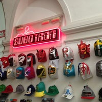 Снимок сделан в Subotron Shop пользователем Luke D. 4/19/2013