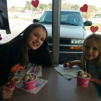 Photo taken at Baskin-Robbins by Joel B. on 3/31/2014