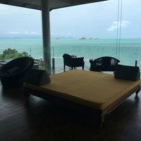 Photo taken at Air Bar · InterContinental Samui Baan Taling Ngam Resort by Ben R. on 7/31/2016