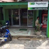 Photo taken at Pegadaian Syariah Gunung Guntur by Ikhwanul F. on 5/8/2014
