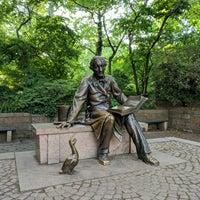 6/7/2018 tarihinde Rachel L.ziyaretçi tarafından Hans Christian Andersen Statue'de çekilen fotoğraf