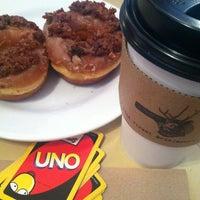 3/18/2013 tarihinde Izzyziyaretçi tarafından Jackalope Coffee & Tea'de çekilen fotoğraf