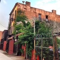 Photo taken at Brooklyn Botanica by Kat E. on 7/22/2013