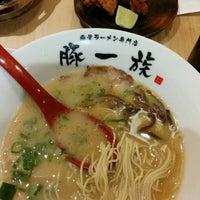Photo taken at 豚一族 by D L. on 5/20/2014