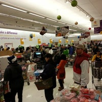 Photo taken at Giant Food by Rob M. on 12/24/2012