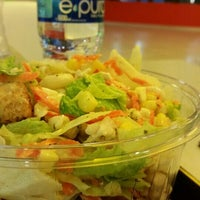 Photo taken at Fresh Salads Fresca Vida by Jessica E. on 5/15/2015