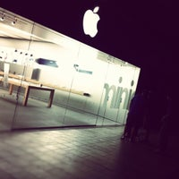 Photo taken at Apple Oxmoor by Brady H. on 11/2/2012