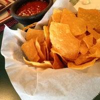 Foto tomada en Doña Maria Tamales Mexican Restaurant por Ian M. el 9/21/2013