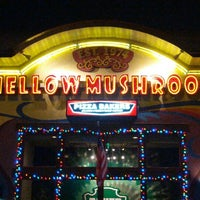 Photo taken at Mellow Mushroom Pizza Bakers by George D. on 12/30/2012