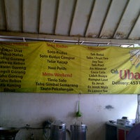 "Photo taken at Bakso & Bakwan Malang ""Cak Uban"" by Aning K. on 5/21/2013"