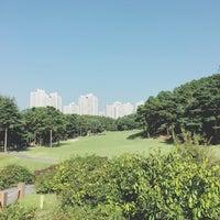 Photo taken at Nam Seoul CC by mucat on 10/6/2016