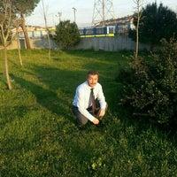 Photo taken at Körfez Kuzey Mahallesi SYK ve Eğitim Derneği by TC Mesut Ç. on 5/10/2016