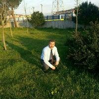 Photo taken at Körfez Kuzey Mahallesi SYK ve Eğitim Derneği by TC Mesut Ç. on 5/17/2016